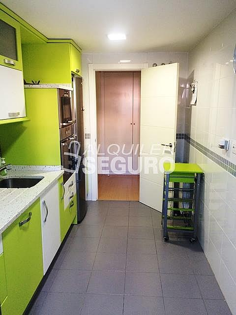 Piso en alquiler en calle Del Cantábrico, Arroyomolinos - 324543307