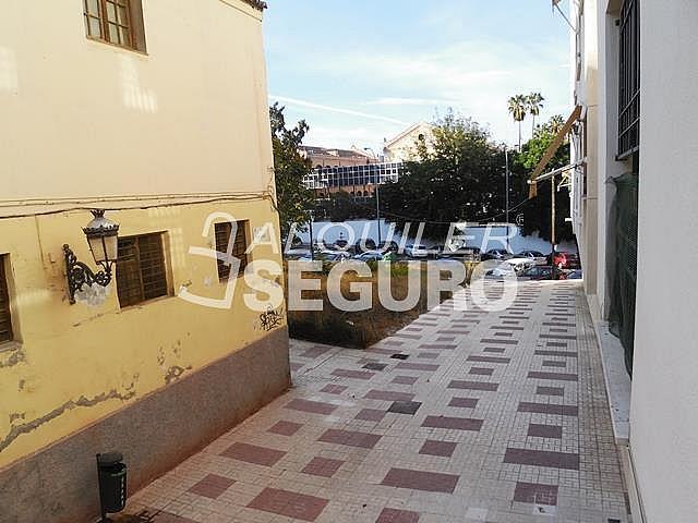 Piso en alquiler en calle Cesareo Martinez, Bailén - Miraflores en Málaga - 325578369