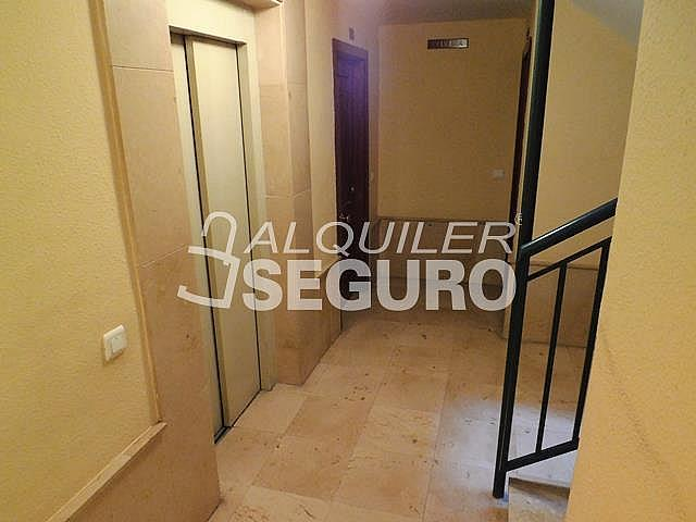 Piso en alquiler en calle Cesareo Martinez, Bailén - Miraflores en Málaga - 325578396