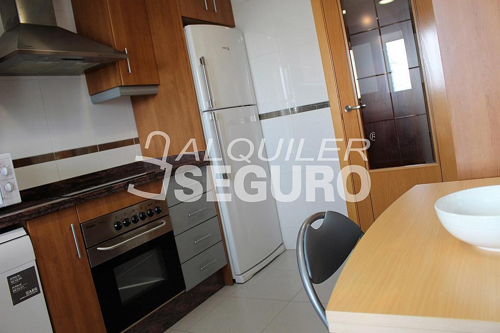 Piso en alquiler en plaza Comadrona Rosario Soler, Xirivella - 326110023