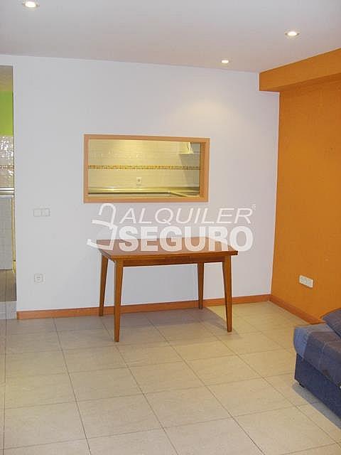 Piso en alquiler en calle Alcalá de Guadaira, Palomeras Bajas en Madrid - 326531719