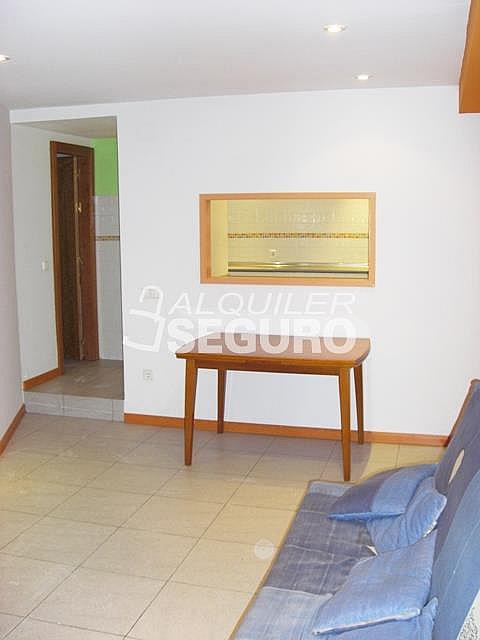Piso en alquiler en calle Alcalá de Guadaira, Palomeras Bajas en Madrid - 326531722