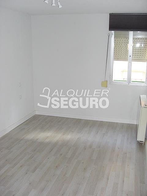 Piso en alquiler en calle Diego Manchado, Portazgo en Madrid - 328342052