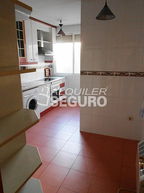 Piso en alquiler en calle Pardo de Santallana, Collado Villalba - 328945070