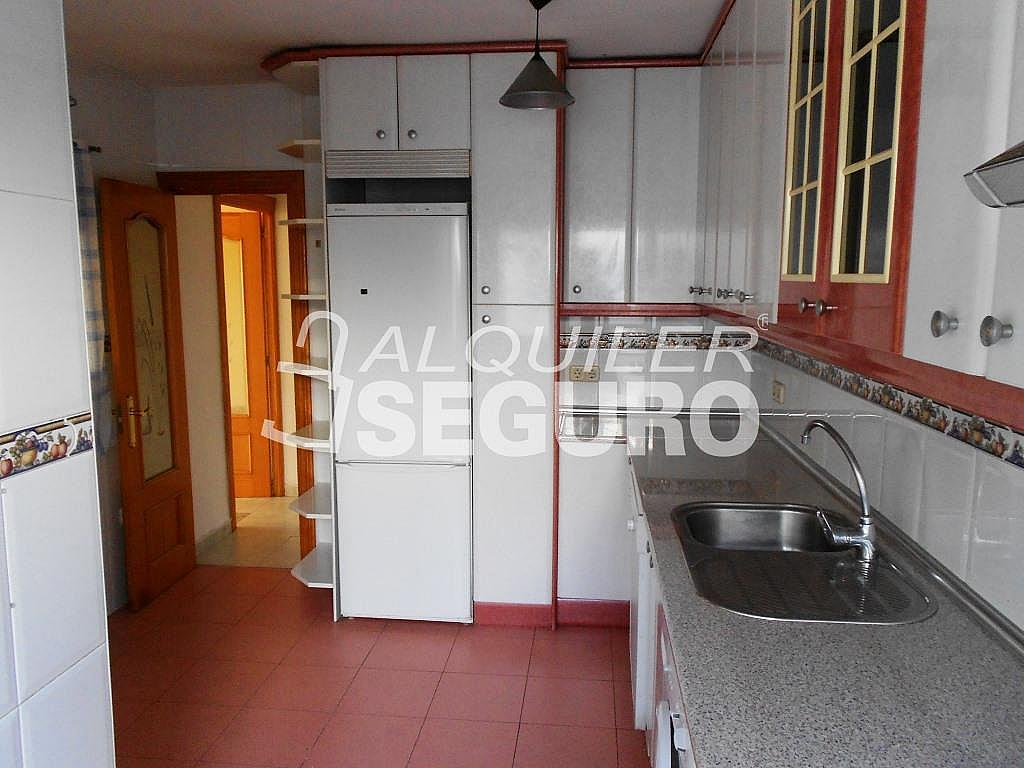 Piso en alquiler en calle Pardo de Santallana, Collado Villalba - 328945073