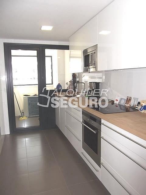 Piso en alquiler en calle Felix Candela, Hortaleza en Madrid - 329434741
