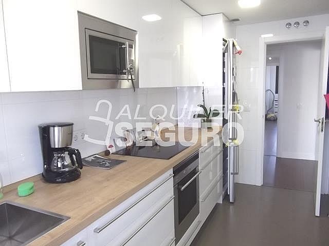 Piso en alquiler en calle Felix Candela, Hortaleza en Madrid - 329434744