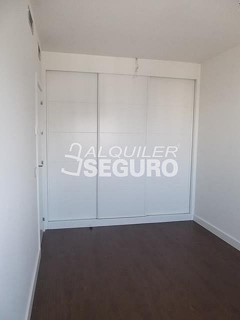 Piso en alquiler en calle Felix Candela, Hortaleza en Madrid - 329434747