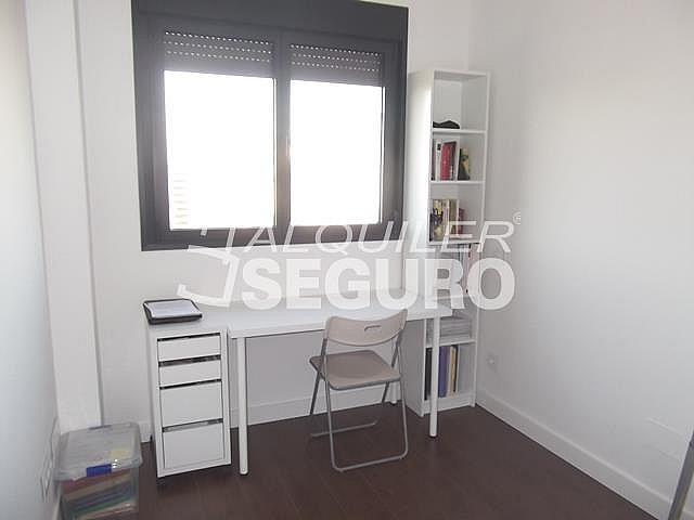 Piso en alquiler en calle Felix Candela, Hortaleza en Madrid - 329434756
