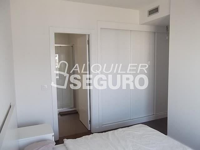 Piso en alquiler en calle Felix Candela, Hortaleza en Madrid - 329434765