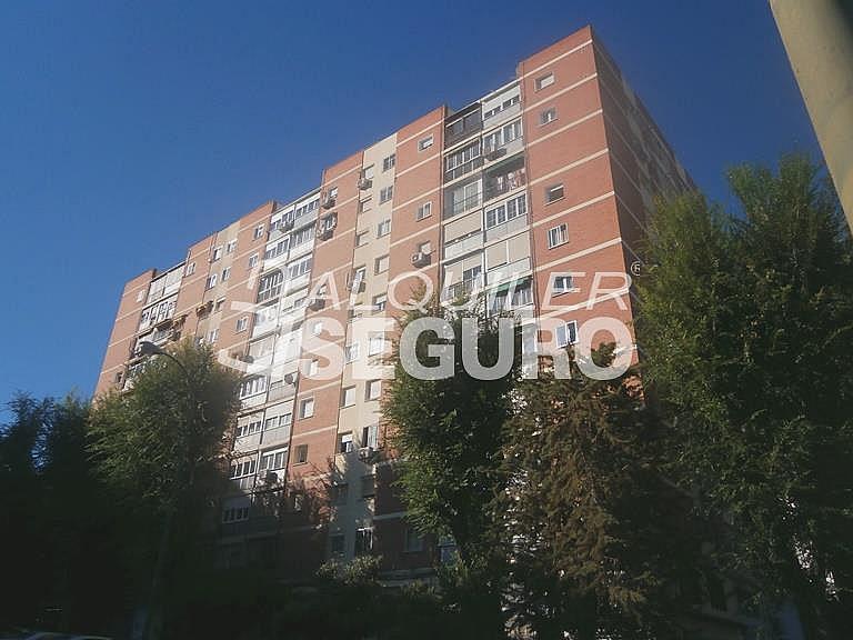 Piso en alquiler en calle Finisterre, Fuencarral-el pardo en Madrid - 330344912