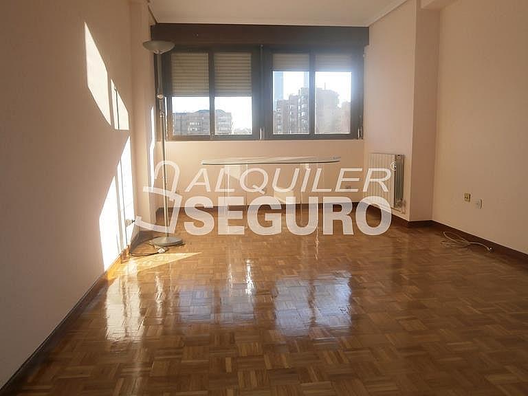 Piso en alquiler en calle Finisterre, Fuencarral-el pardo en Madrid - 330344915