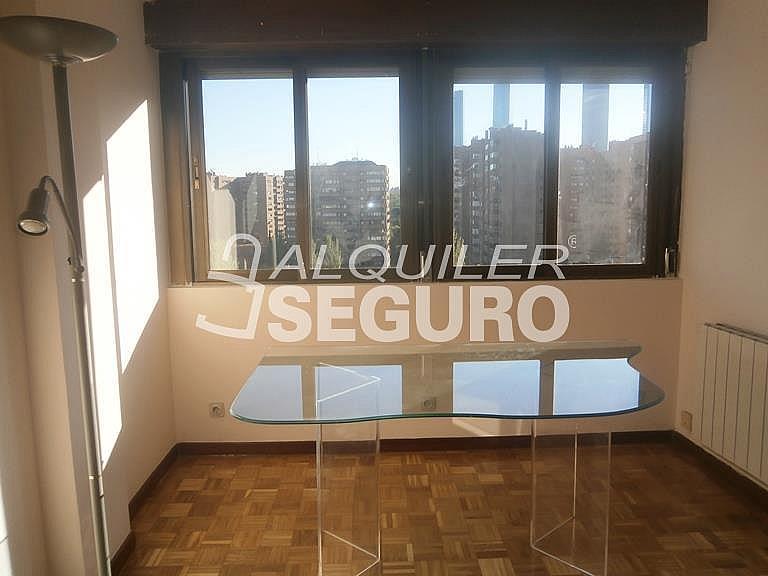 Piso en alquiler en calle Finisterre, Fuencarral-el pardo en Madrid - 330344924