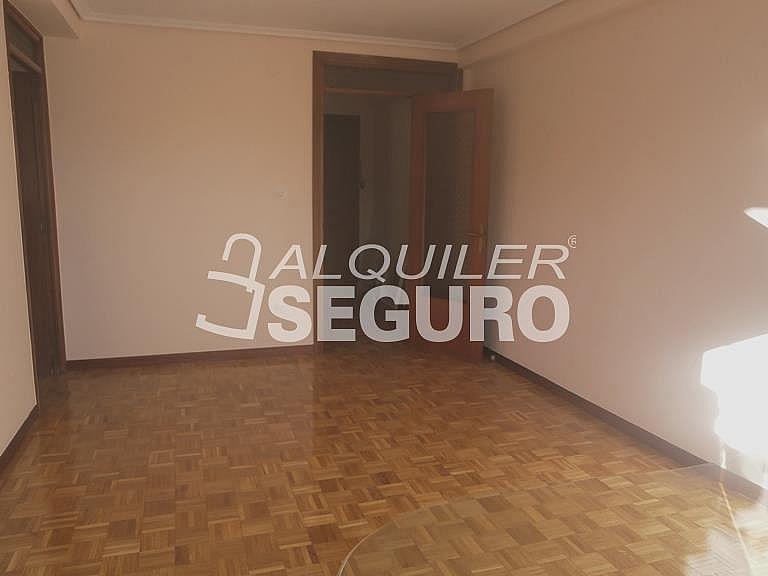Piso en alquiler en calle Finisterre, Fuencarral-el pardo en Madrid - 330344927
