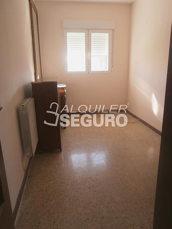 Piso en alquiler en calle Finisterre, Fuencarral-el pardo en Madrid - 330344954