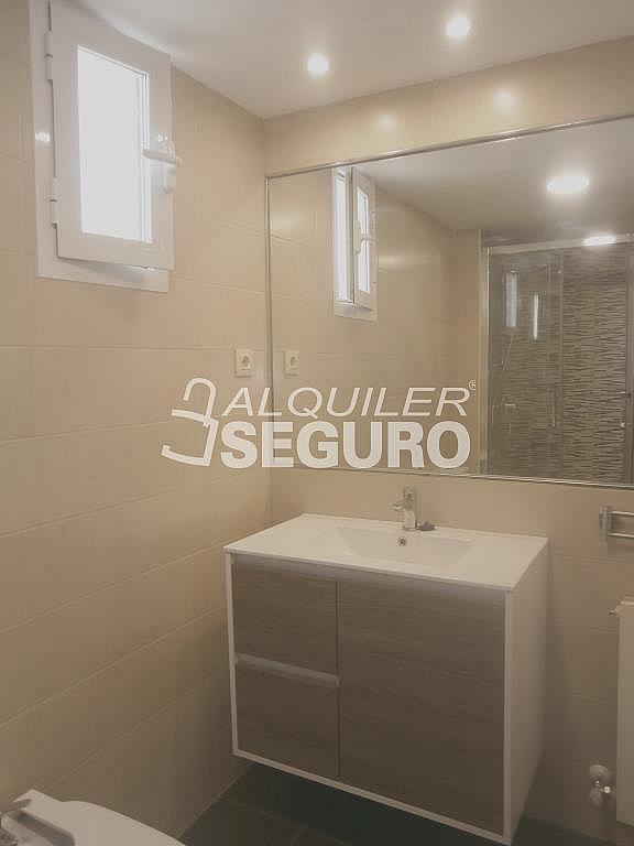 Piso en alquiler en calle Finisterre, Fuencarral-el pardo en Madrid - 330344963