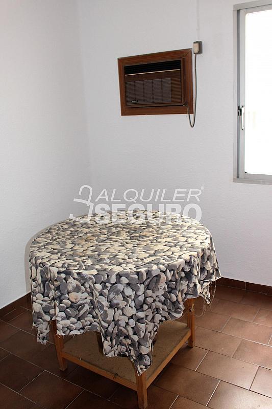 Piso en alquiler en calle Colón, Burjassot - 330345263