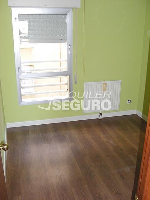 Piso en alquiler en travesía Felipe de Diego, Palomeras Bajas en Madrid - 330675791