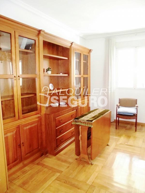 Piso en alquiler en calle Cartagena, Guindalera en Madrid - 330930645