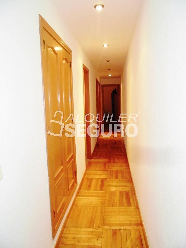 Piso en alquiler en calle Cartagena, Guindalera en Madrid - 330930654