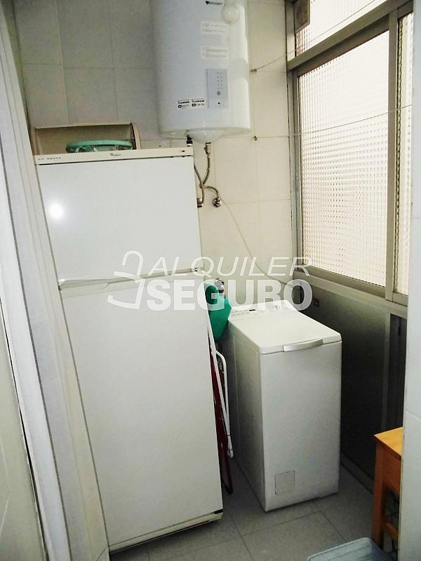 Piso en alquiler en calle Cartagena, Guindalera en Madrid - 330930669