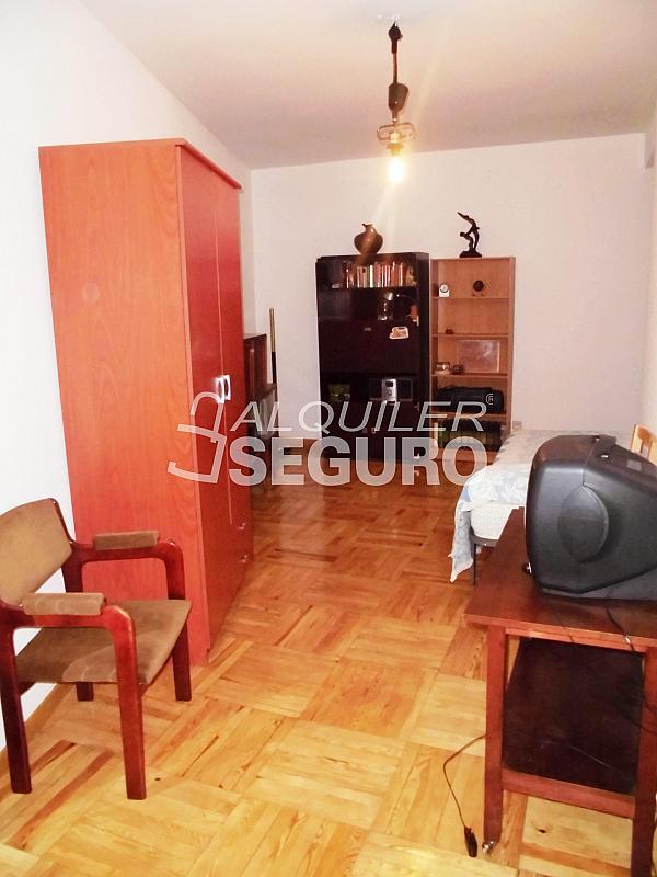 Piso en alquiler en calle Cartagena, Guindalera en Madrid - 330930684