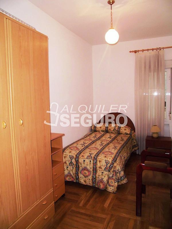 Piso en alquiler en calle Cartagena, Guindalera en Madrid - 330930702