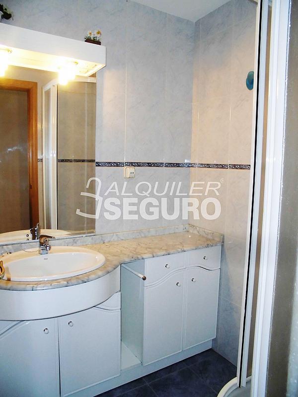 Piso en alquiler en calle Cartagena, Guindalera en Madrid - 330930708