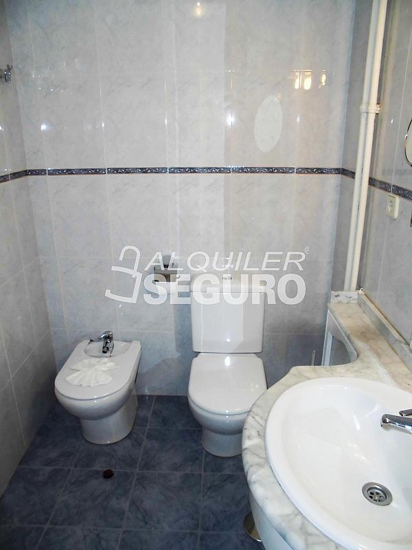 Piso en alquiler en calle Cartagena, Guindalera en Madrid - 330930711