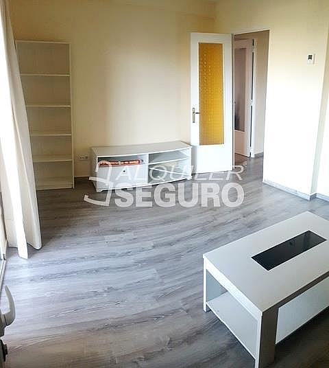 Piso en alquiler en paseo Eugenia de Montijo, Vista Alegre en Madrid - 330930756