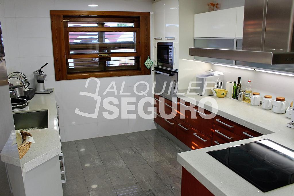Casa en alquiler en urbanización Santa Bárbara, Rocafort - 330930822