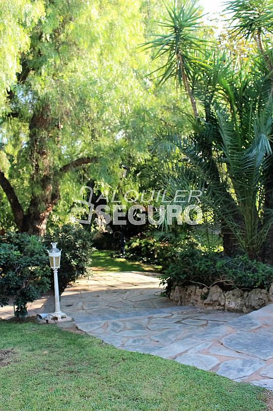 Casa en alquiler en urbanización Santa Bárbara, Rocafort - 330930831