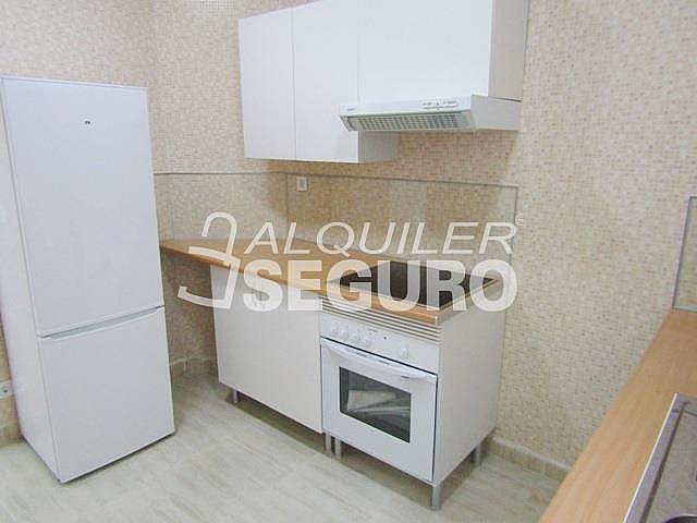 Piso en alquiler en calle Ancora, Palos de Moguer en Madrid - 331538151