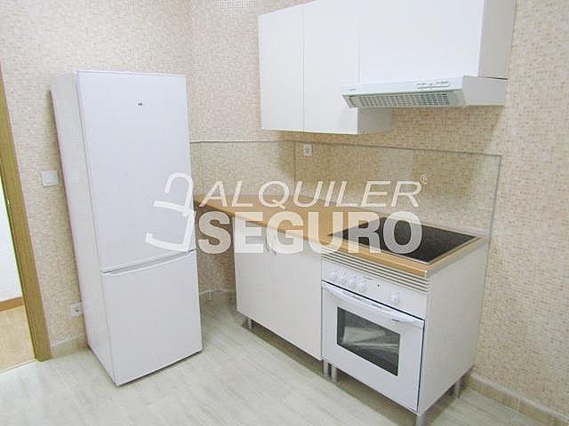 Piso en alquiler en calle Ancora, Palos de Moguer en Madrid - 331538157