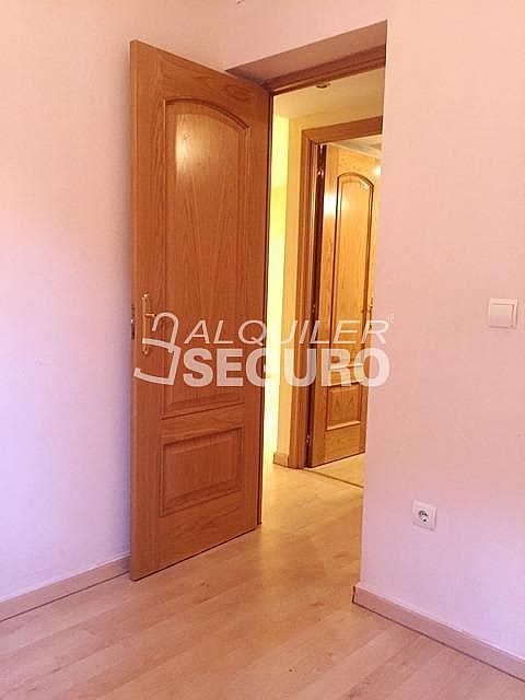 Piso en alquiler en calle Hortensia, Getafe - 331743470