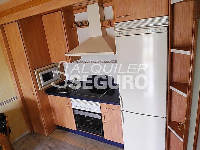 Piso en alquiler en calle Almuñecar, Benalmádena Costa en Benalmádena - 331743617