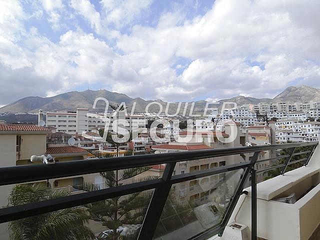 Piso en alquiler en calle Almuñecar, Benalmádena Costa en Benalmádena - 331743629