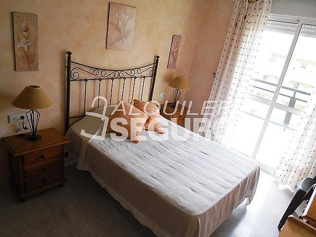Piso en alquiler en calle Almuñecar, Benalmádena Costa en Benalmádena - 331743641