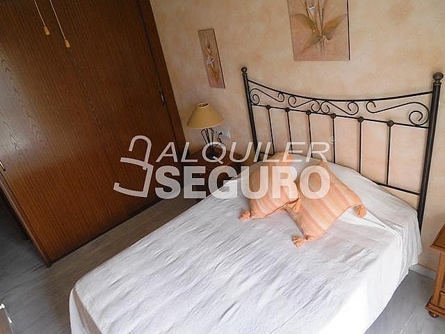 Piso en alquiler en calle Almuñecar, Benalmádena Costa en Benalmádena - 331743644