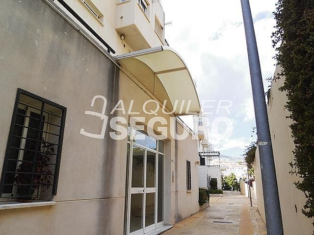 Piso en alquiler en calle Almuñecar, Benalmádena Costa en Benalmádena - 331743656