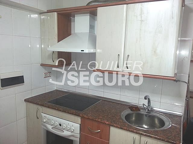 Piso en alquiler en calle Txotena, Casco Viejo en Bilbao - 332296807