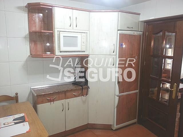 Piso en alquiler en calle Txotena, Otxarkoaga en Bilbao - 332296813