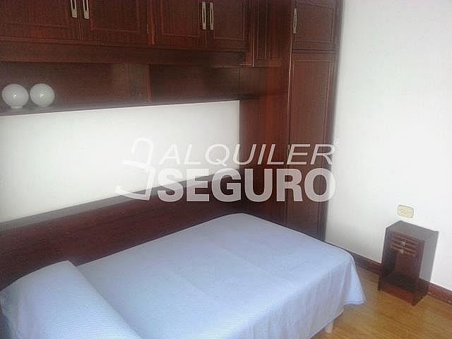 Piso en alquiler en calle Julian Gaiarre, Casco Viejo en Bilbao - 332296831