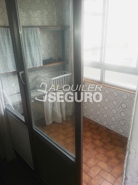 Piso en alquiler en calle Julian Gaiarre, Casco Viejo en Bilbao - 332296855
