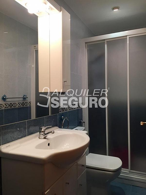 Piso en alquiler en calle Clara Campoamor, Puerta Bonita en Madrid - 332296900