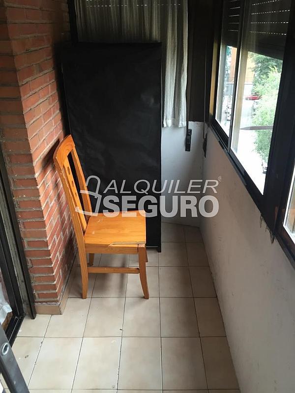 Piso en alquiler en calle Clara Campoamor, Puerta Bonita en Madrid - 332296909
