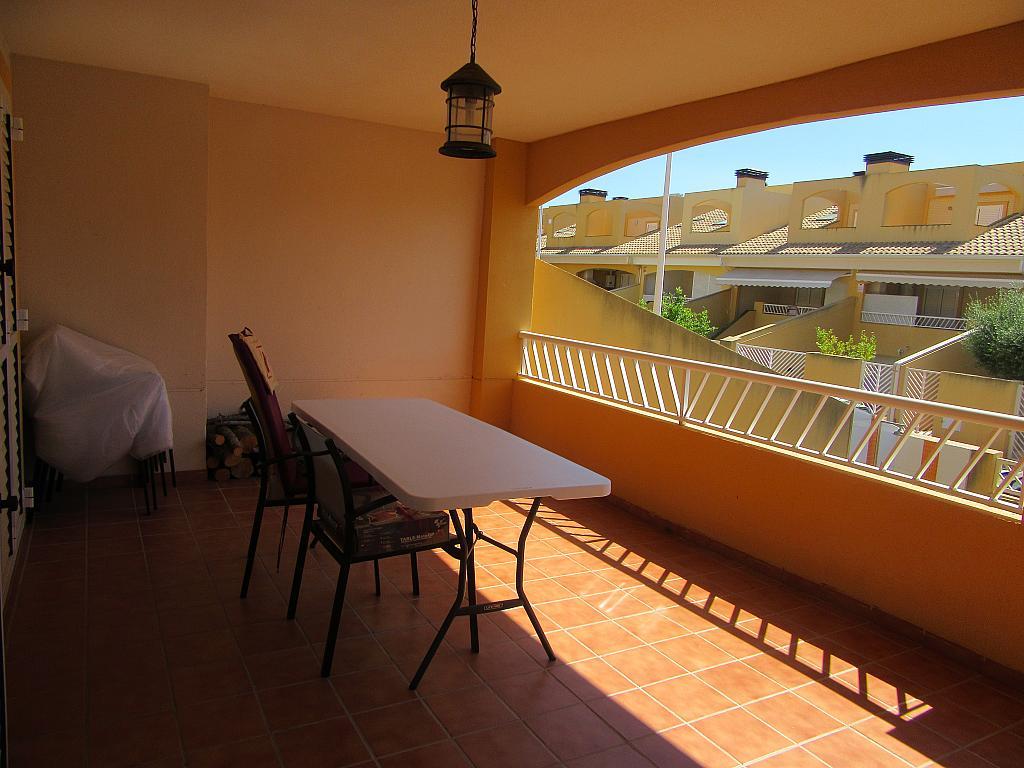 Chalet en alquiler en calle , Almarda, de (py) - 287327124