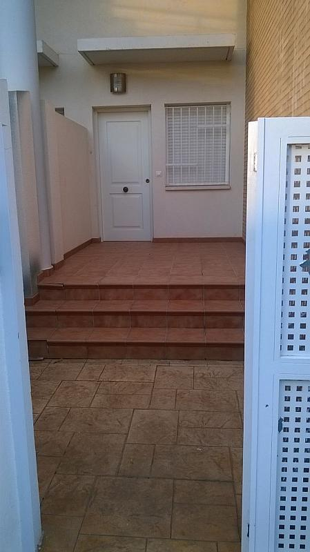 Fachada - Casa adosada en alquiler en calle , Almarda, de (py) - 171583361
