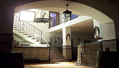 Vestíbulo - Hotel en alquiler en Arenales de San Gregorio - 189409514