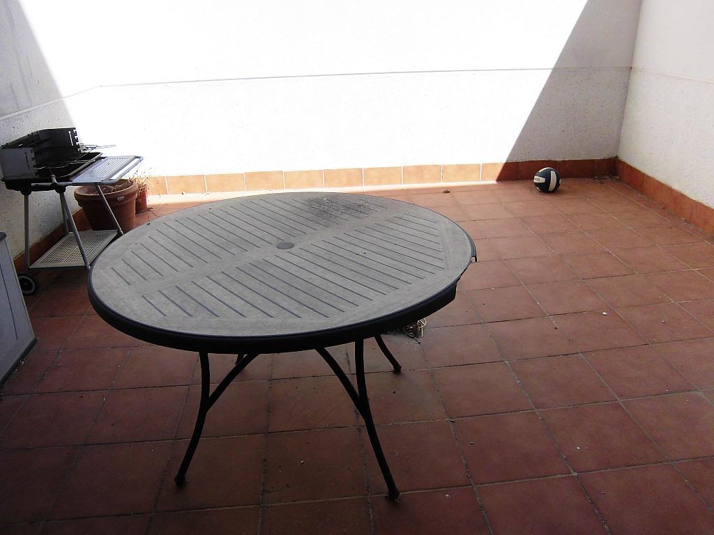 Patio trasero - Apartamento en alquiler opción compra en Miguelturra - 205058115
